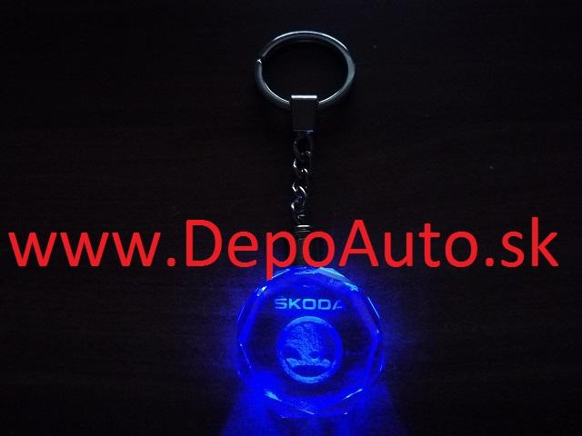 Prívesok Škoda   LED svietiaci zväčšiť obrázok 093948283b7